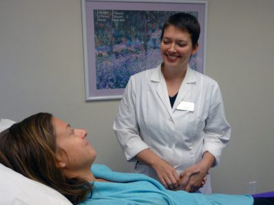 acupuncture Intern with patient